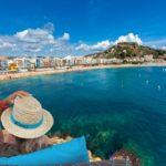 Солнечная вилла стеррасами иживописными видами впрестижном жилом районе, рядом сцентром Льорет‑де-Мар, Испания
